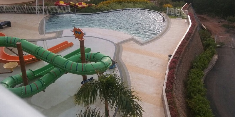 green-stone-pool-waterboom-camaya-coast-limestone