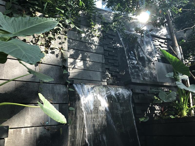 +lavastone+waterfall