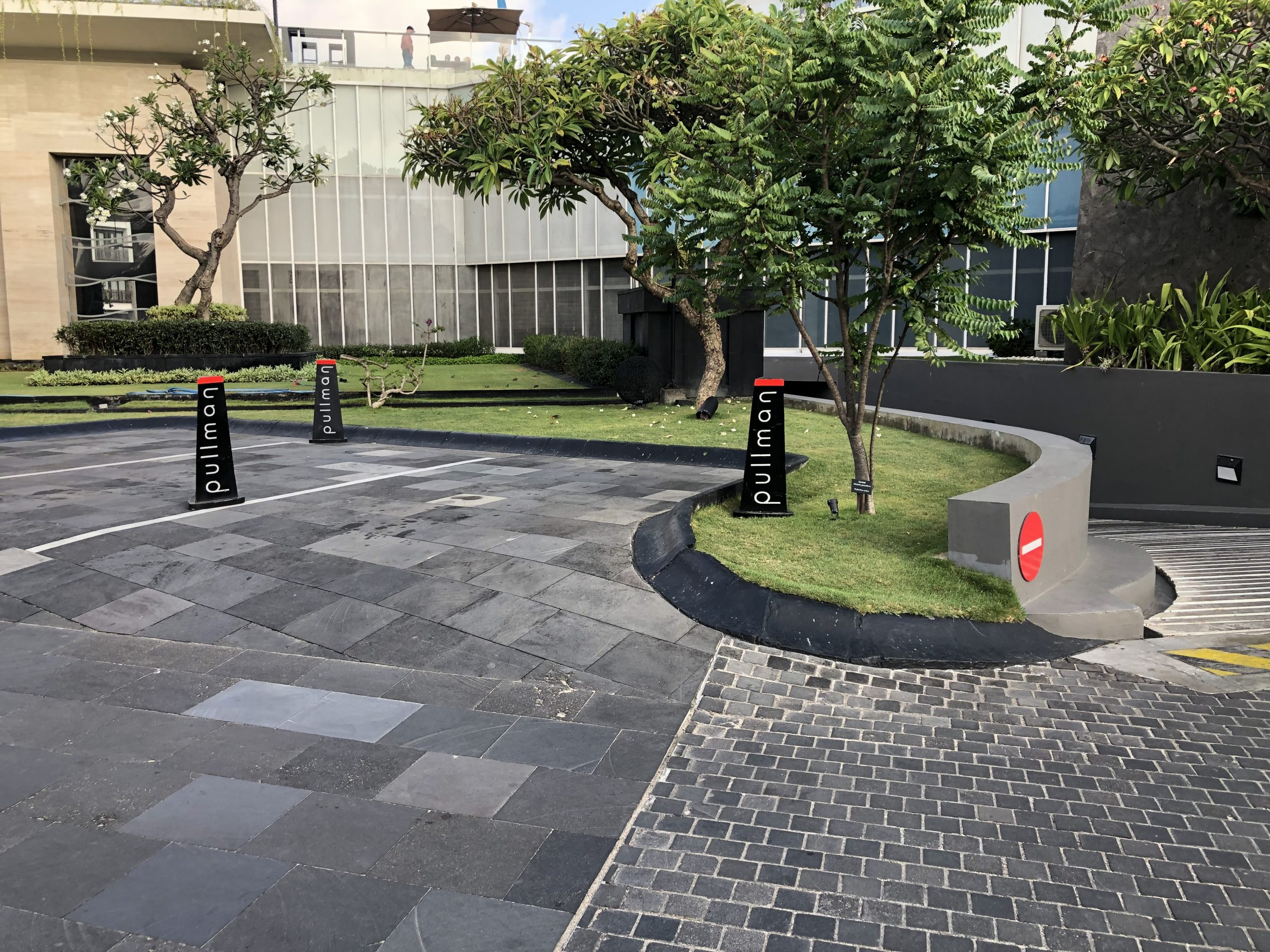 Bali Black Lava Stone Tiles – Buy The Elegance Bali Black Lava Stone Tiles for Minimalist-House Style