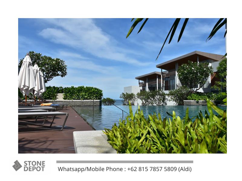 natural-green-view-at-swimming-pool-thailand-resort